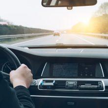 Consejos básicos para una hidratación adecuada al volante